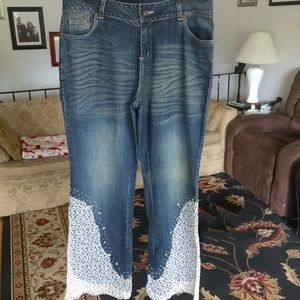 MIDNIGHT VELVET Embroidered Vintage JEANS Size: 16